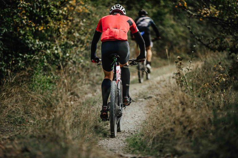 two riders on sport bikes PQJ8BZG